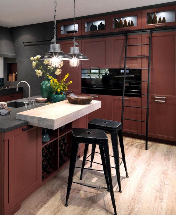 В моде большие кухонные шкафы лаконичного дизайна.