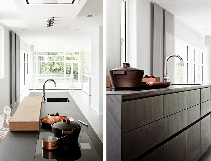Большие вместительные кухонные шкафы.