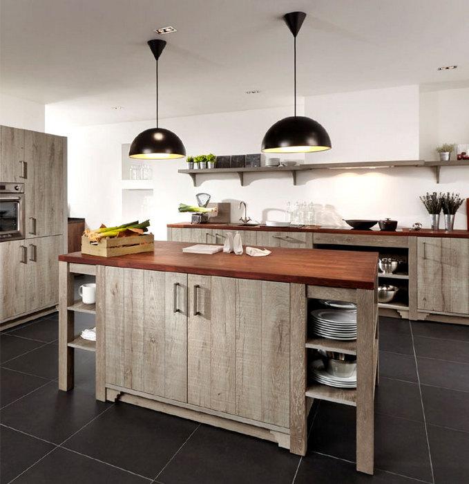 Кухня, оформленная в переходном стиле.
