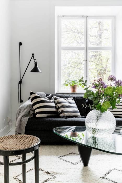 Лаконичная и компактная мебель для небольшой квартиры.