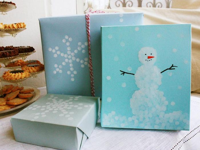 Забавный снеговик.