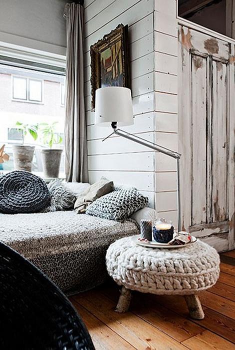 Вязаные декоративные подушки.