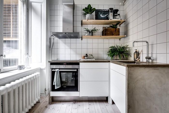 Пример оформления кухни в однушке.