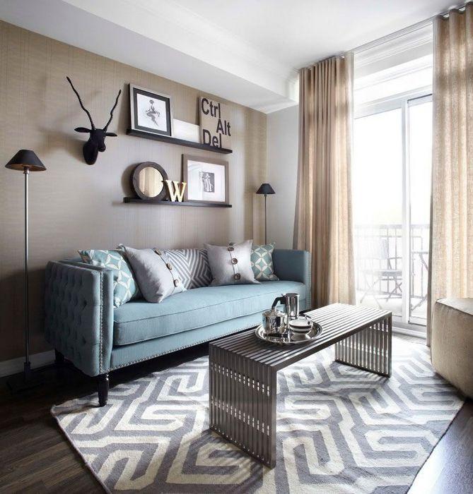 Постелите ковёр с геометрическим узором.