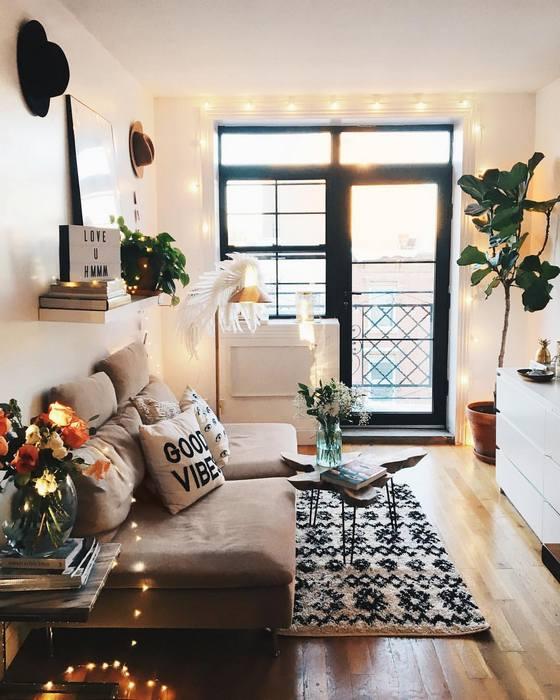 Декоративное освещение в маленькой гостиной