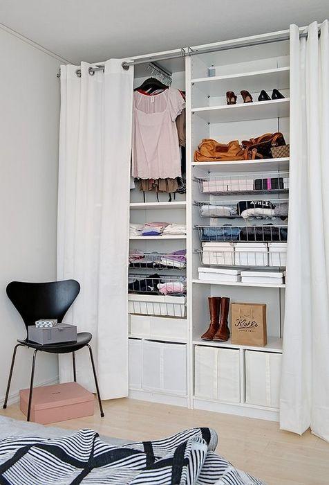 Спальня без шкафа.