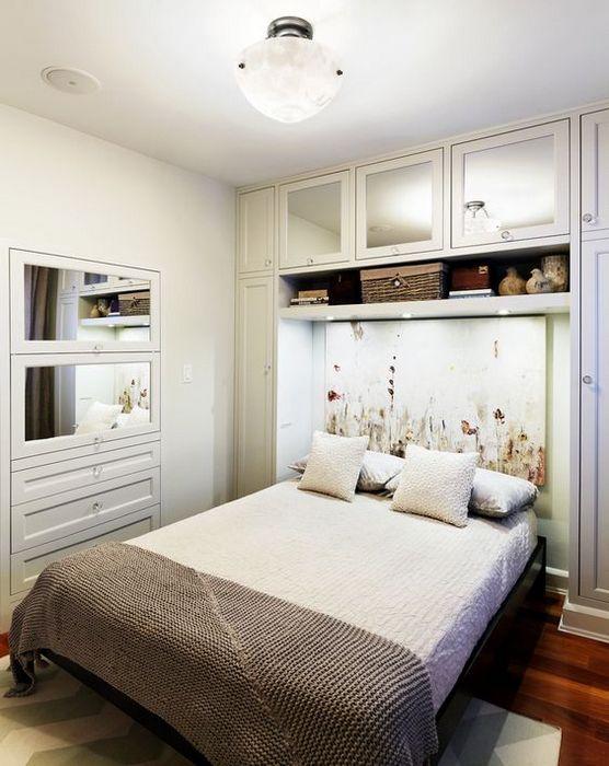 Хранение в маленькой спальне.