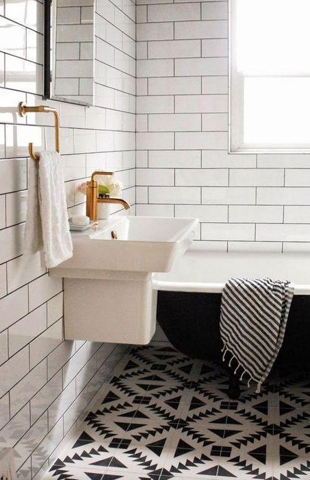 2. Керамическая плитка в интерьере ванной комнаты.