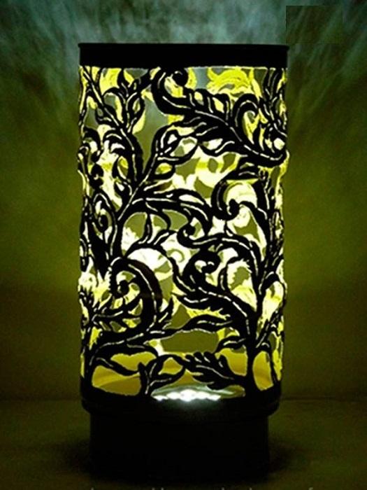 Невероятной красоты напольный светильник из металлической бочки.