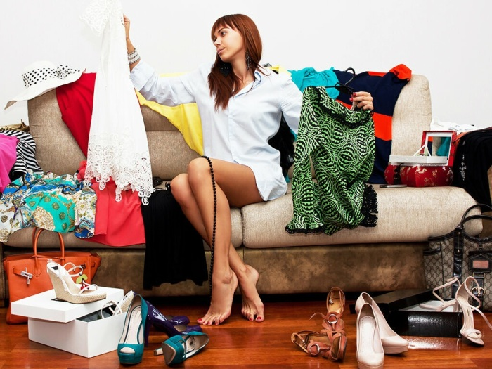 Сильно задерживает сборы долгий выбор одежды. / Фото: ghk.h-cdn.co