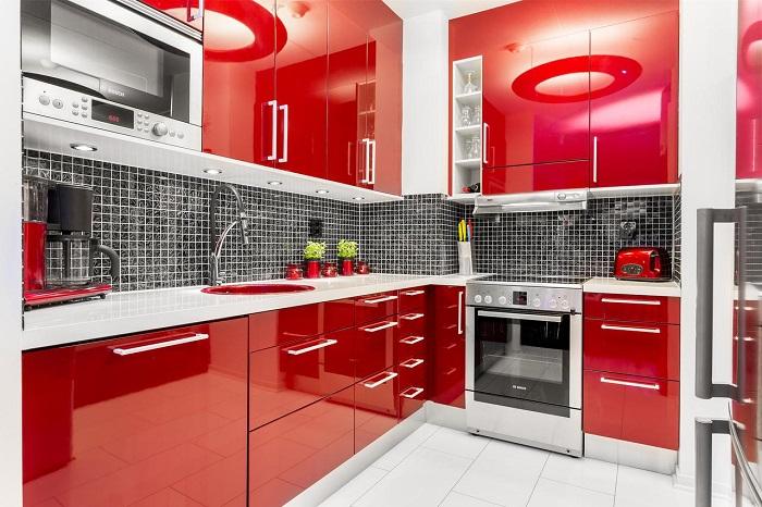 Кухонный гарнитур в разных цветах: от сочного желтого до успокаивающего серого