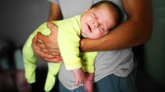 Взрослые человек не перенес бы процесс рождения и умер. | Фото: i.ytimg.com.