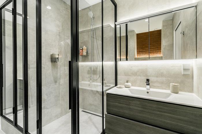 Ремонт ванной комнаты в квартире в Москве в стиле минимализм от IconInteriors.ru.