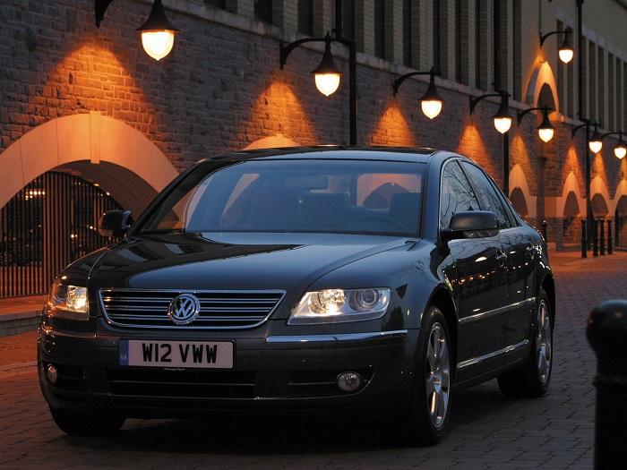 Volkswagen Phaeton (2002).
