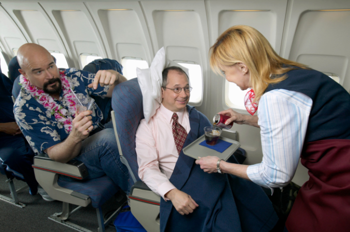 Мастер-класс по первоклассным полетам от стюардесс.