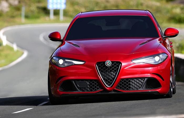 Alfa Romeo Giulia – популярный седан с движком от Ferrari.