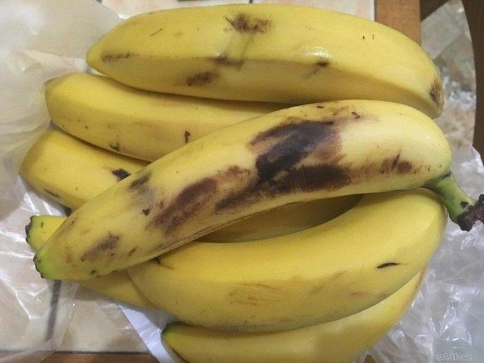 Если бананы чернеют. | Фото: saarmagazine.nl.