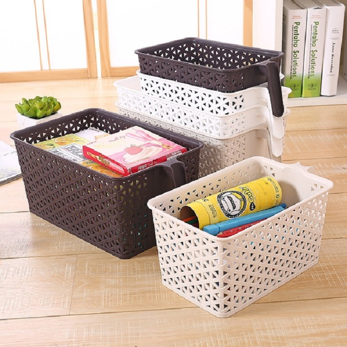 За счет перекладин можно ставить одну корзинку на другую, не опасаясь повредить содержимое. / Фото: vk.com