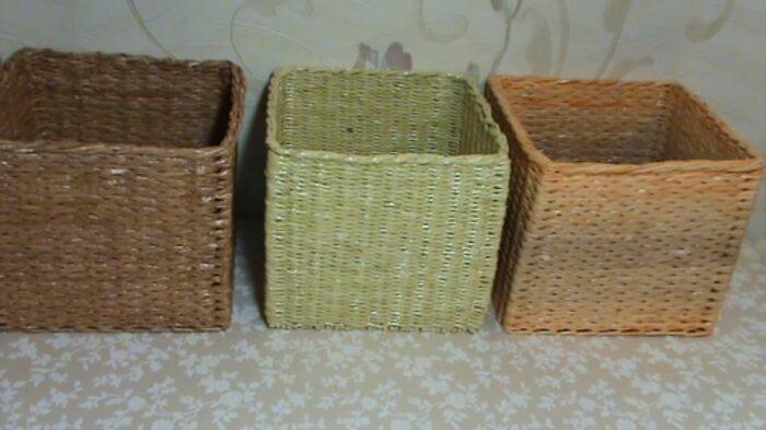 Связанные между собой корзинки удобнее вытягивать из шкафа. / Фото: lekohandmade.ru