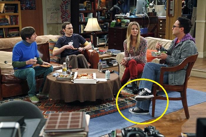 Почему американцы ходят дома не снимая обувь.