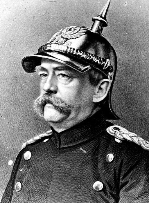 Германский канцлер Отто фон Бисмарк в пикельхельме.