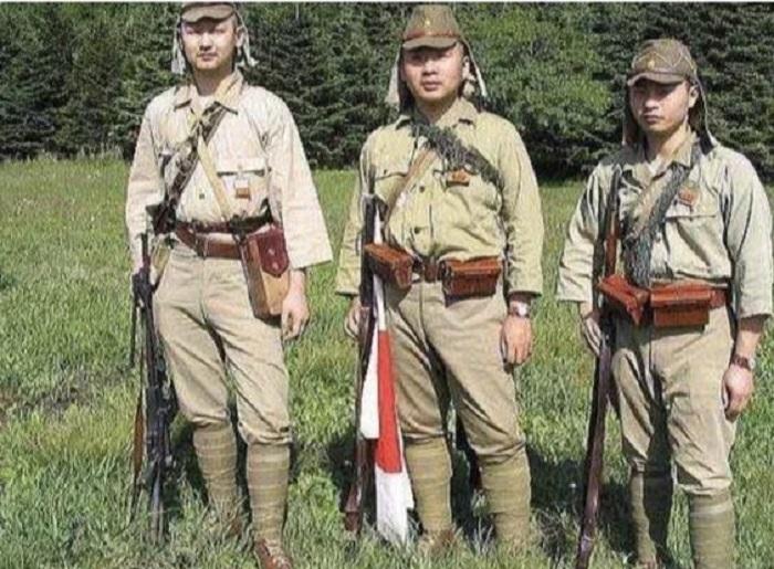 Японские солдаты времен Второй мировой войны.
