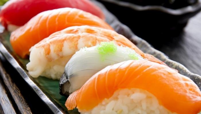 Суши приносят пользу.