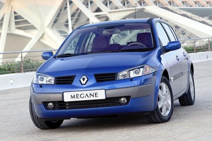 Среди б/у машин попадаются как неплохие автомобили, так и откровенный хлам.