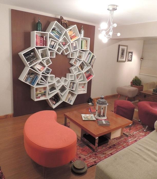 Изящная идея для оформления домашней библиотеки.