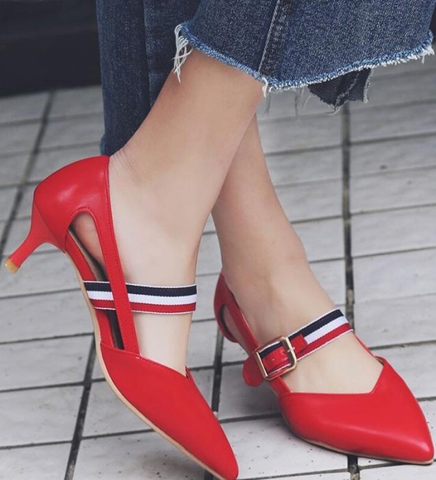 Красная обувь стала настоящим модным прорывом в СССР.