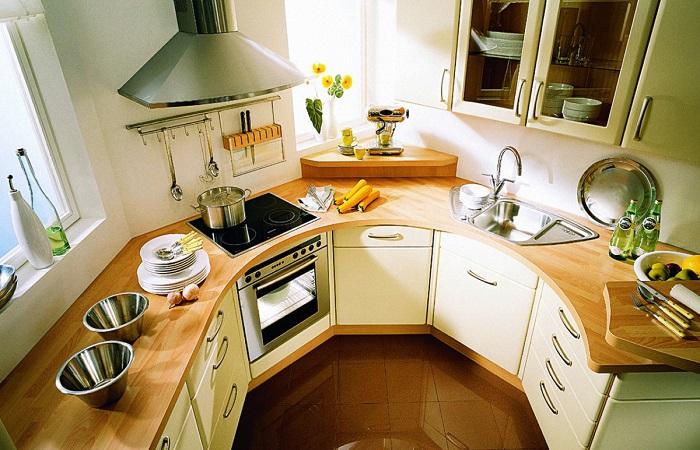 И маленькая кухня может быть комфортной.
