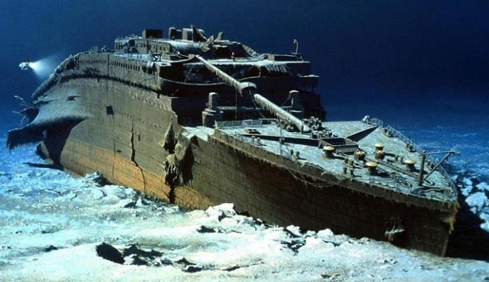 Огромные корабли на дне с печальной историей.