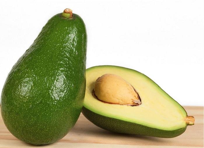 Авокадо - еще называют аллигаторовой грушей.
