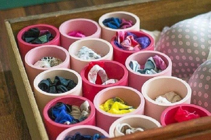 Что поместить в такой органайзер, решать вам - платки, нижнее белье, носки, что угодно.