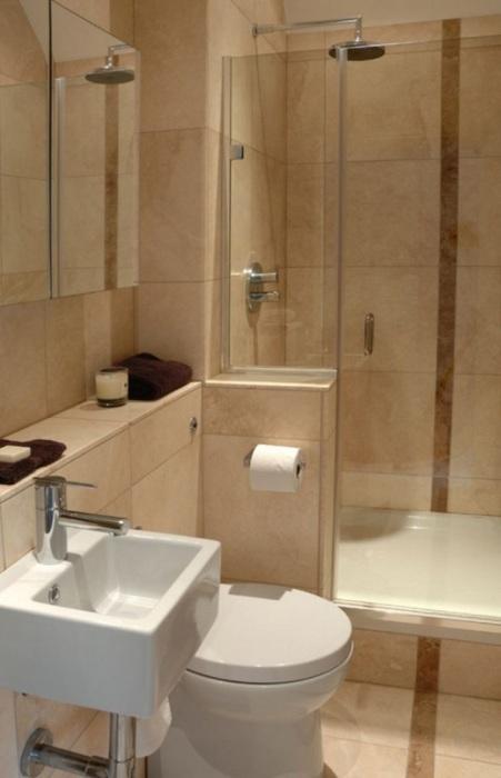 В этой ванной ничего постороннего и ненужного нет.