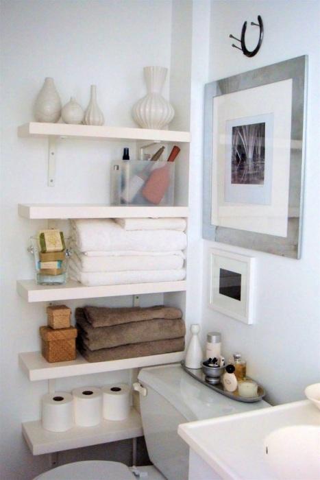 Если не хочется загромождать комнату шкафами, тогда эта идея именно для вас.