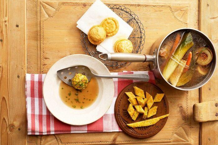 Сырный суп с рыбой. \ Фото: stockfood.com.mx.