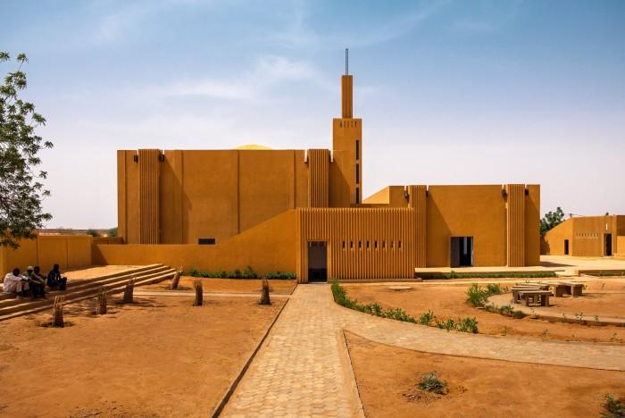 Хикма - религиозно-светский комплекс. \ Фото: arch2o.com.