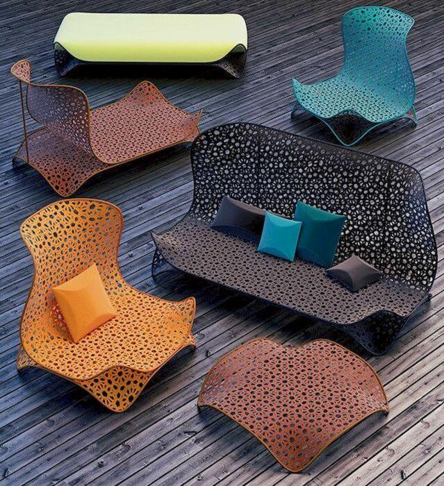 Необычные кресла. \ Фото: m.facebook.com.