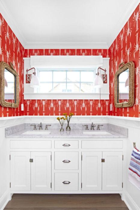 Освежите свою ванную комнату яркими цветами и оттенками. Это поможет придать интерьеру особый шик.