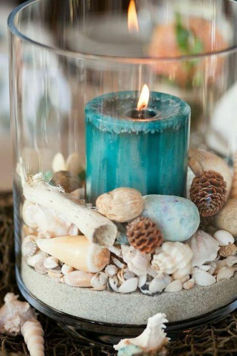 Свечи придадут ванной комнате не только романтическую атмосферу, но и уют.