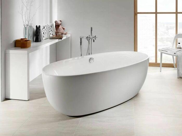 Отдельно стоящая ванна. \ Фото: facebook.com.