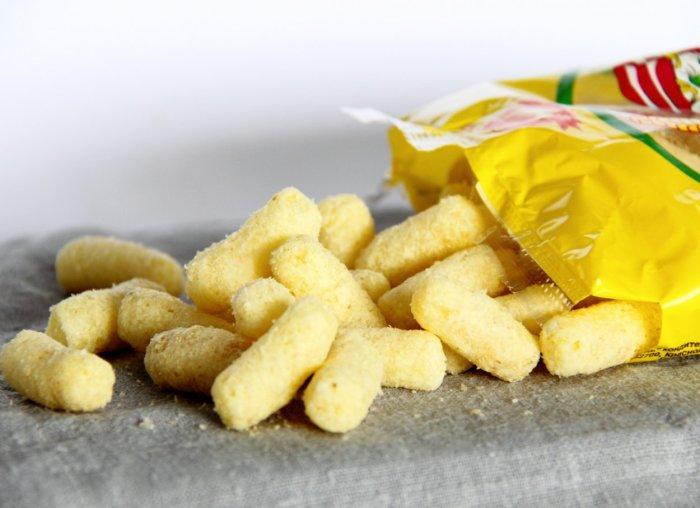 Кукурузные палочки со вкусом сыра. \ Фото: google.ru.