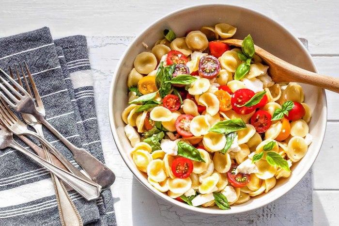 Оригинальный макаронный салат. \ Фото: simplyrecipes.com.