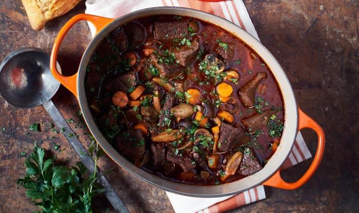 Полезная еда для всей семьи. \ Фото: lecreuset.ch.