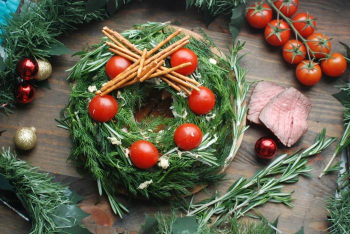Стильный веночек для стола. \ Фото: pikabu.ru.