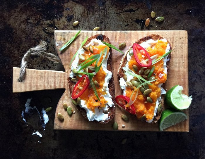Ароматные тосты с тыквой сквош. \ Фото: blog.comfy.ua.