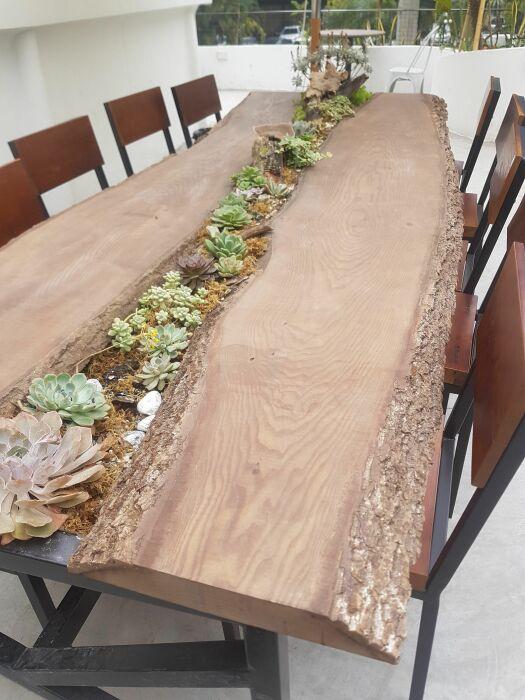 Большой обеденный стол. \ Фото: pinterest.com.