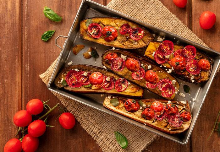 Баклажаны с помидорами. \ Фото: twitter.com.
