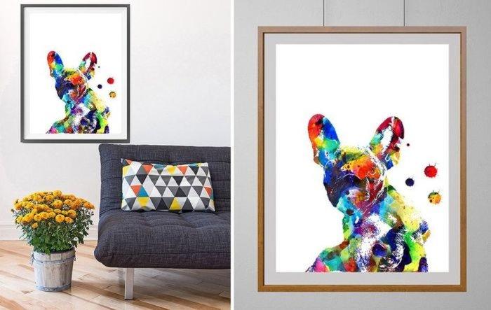 Постер с изображением цветного французского бульдога станет прекрасным элементом декора.